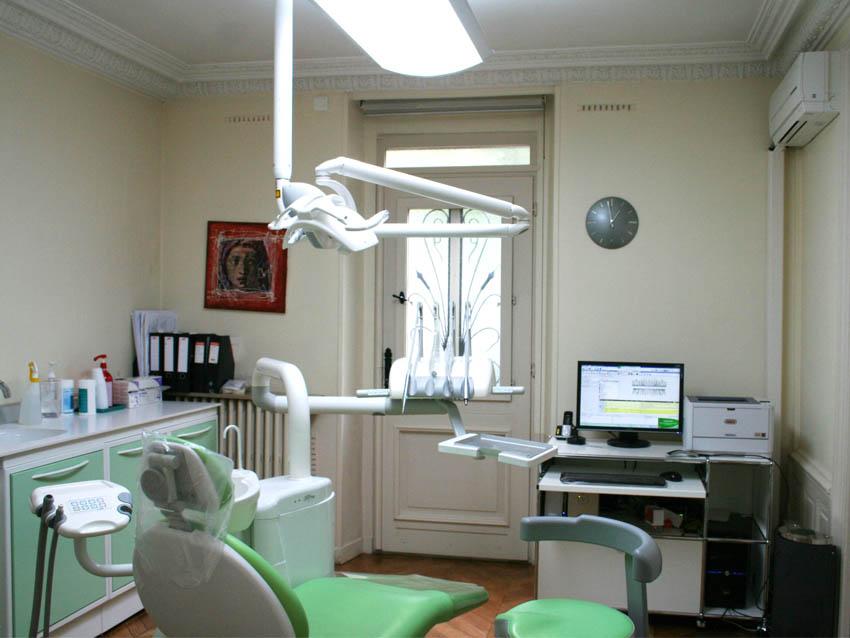 Salle de soins dentaire, Stomatologue Melun