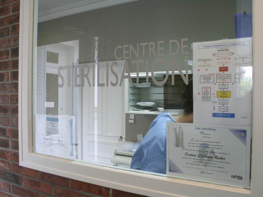 Salle de stérilisation, Stomatologue Melun